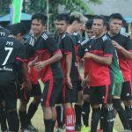 [FOTO] Galeri Pertandingan Tim Bola Sepak Desa Kelarik vs Desa Balai